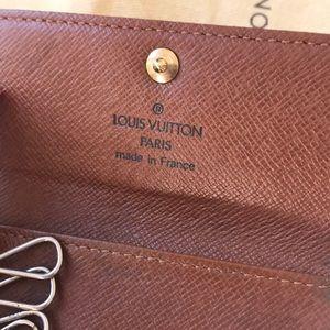 Louis Vuitton Accessories - Louis Vuitton Key Case
